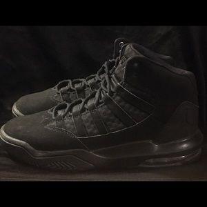 Black US 5y Jordan's ❤️